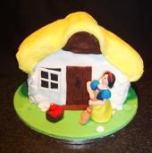 Snow White Novelty Cake]