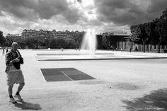 Paris - Champ de Mars - Mur pour la Paix