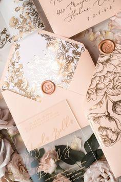 Acrylic Transparent Wedding Invitations Gold Vellum Roses Wrap Glitter Envelope with Peach Flowers Wax Seal 1 / PAZGOL / Z Acrylic Wedding Invitations, Elegant Wedding Invitations, Wedding Stationary, Wedding Invitation Cards, Wedding Themes, Wedding Designs, Wedding Cards, Wedding Decorations, Glitter Invitations