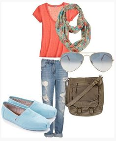 Cute Spring Outfit, coral knit top, destroyed jeans and mint flats