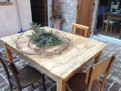 CasaTintoria  Shabby Chich Shabby, Dining Table, Rustic, Furniture, Home Decor, Country Primitive, Decoration Home, Room Decor, Dinner Table