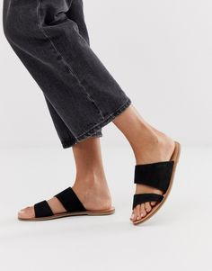 Discover our new range of sandals with ASOS. Shop from a variety of women's sandals styles, peep toe or gladiator sandals in your favourite colours. Tan Strappy Sandals, Toe Loop Sandals, Tie Up Sandals, Two Strap Sandals, Black Wedge Sandals, Black Leather Flats, Leather Sandals Flat, Black Suede, Ankle Tie Espadrilles
