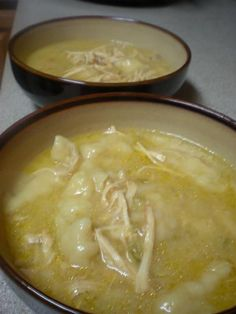 The Atwoods: Crock Pot Chicken N Dumplings - I made this with a few tweaks: I used a large can of chicken broth, I put in about 5 small chicken breasts, I also added some spices. I also recommend shredding the chicken before floating the biscuits on top. Crock Pot Recipes, Crock Pot Food, Crockpot Dishes, Crock Pot Slow Cooker, Slow Cooker Recipes, Soup Recipes, Great Recipes, Chicken Recipes, Cooking Recipes