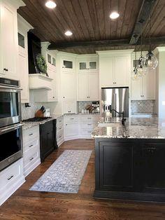 Nice 50 Gorgeous Farmhouse Kitchen Decor Ideas https://roomodeling.com/50-gorgeous-farmhouse-kitchen-decor-ideas