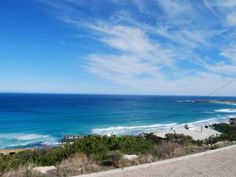 Vacant land / plot for sale in Misty Cliffs for R 1 995 000 with web reference 571576 - Jawitz False Bay/Noordhoek Plots For Sale, Vacant Land, Cliff, Homes, Beach, Water, Outdoor, Gripe Water, Outdoors