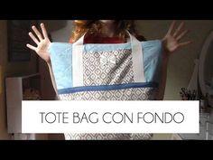TUTORIAL COMO HACER UN TOTE BAG CON FONDO (PATRONES GRATIS) - YouTube Diy Tote Bag, Reusable Tote Bags, Diy Bags, Custom Made Clothing, Sewing Tutorials, Video Tutorials, Projects To Try, Purses, Youtube
