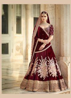 Buy Designer Collection Online : Call/ WhatsApp us on : +91-9924040197,     #curomoda #bridallehengastore #lehenga #USA #shopping #designer #sabyasachi #Swatimanish #utsavashion #navratri #Eid #ramdan #sale #wedding #lehengas #chaniyacholi #deepikapadukon#manishmalhotra #sabyasachi #Shyamalbhumika #anitadongre