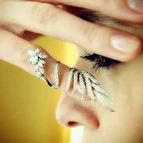 Diamond & 18K White Gold Knuckle Ring