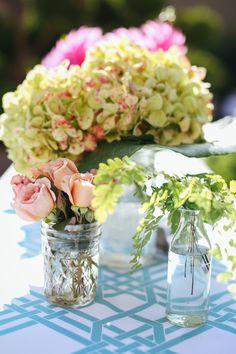 Maidenhair fern, Julia roses, green hydrangea