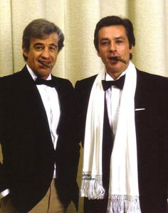 Jean Paul Belmondo and Alain Delon Alain Delon, Melodie En Sous Sol, Old School Film, Star Francaise, Ballet Music, Old Movie Stars, Iconic Movies, Quentin Tarantino, Gentleman Style