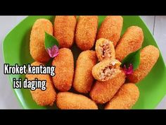 RESEP & TIPS KROKET KENTANG ISI DAGING AYAM - YouTube Snack Box, Fritters, Snacks, Cakes, Vegetables, Cooking, Tips, Youtube, Food