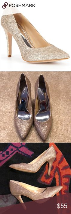 "New! Gianni Bini Platinum Collection -gold 9.5 Brand new. No box. Never worn. Gianni Bini Platinum Collection gold glitter pump. Size 9.5.   Heel heigh -4.25""  Smoke free home Gianni Bini Shoes Heels"