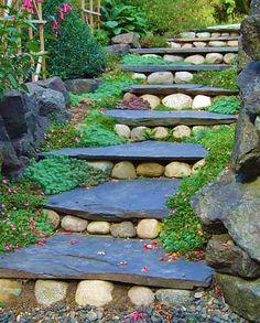Дорожка из камня - ступени
