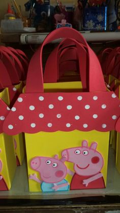 Dulcero pepa pig #fiestainfantil Build A Bear Party, Cumple Peppa Pig, Pig Party, Ideas Para Fiestas, Party Bags, Favor Bags, Party Time, Birthday Parties, Matilda