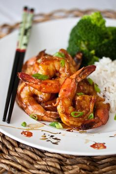 Shrimp with Spicy Garlic Sauce- great quick meal! The man loved it!! I doubled the sauce ingredients cause I like my stuff saucy and served it over rice and added broccoli to the shrimp.+