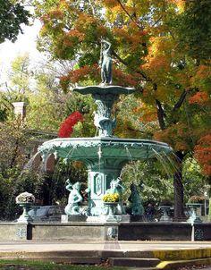 Broadway Fountain- Madison Indiana #IndianaMustSee
