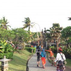 Tanah Lot Temple - caminho