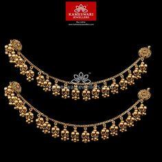 Gold Jhumka Earrings, Indian Jewelry Earrings, Buy Earrings, Jewelry Design Earrings, Gold Earrings Designs, Ear Jewelry, Necklace Designs, Earrings Online, Gold Temple Jewellery