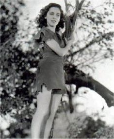 Maureen O'Sullivan Maureen O'sullivan, Tarzan Series, Tarzan Movie, Tarzan Johnny Weissmuller, Hannah And Her Sisters, Tarzan And Jane, Mia Farrow, Old Hollywood Glamour, Barbarian