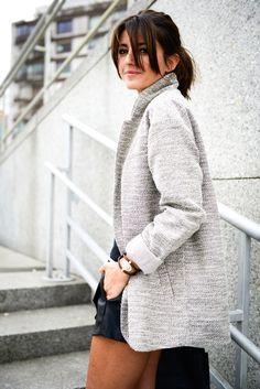 Alexandra Pereira Lovely Pepa Pull & Bear coat #streetstyle