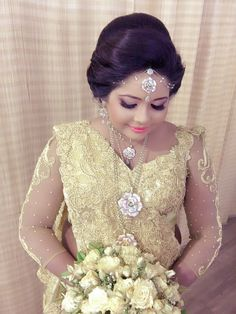 Saliya and suranga wedding cakes