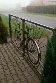 Bicycle Frame – Bicycle Furniture – Frame # Furniture – Famous Last Words Metal Garden Gates, Metal Gates, Garden Paths, Garden Fences, Tor Design, Path Design, Metal Sculpture Wall Art, Balustrades, Backyard Sheds