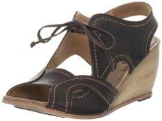 Argila Women's A860 Wedge Sandal,Botil,37 M EU/7 M US Argila,http://www.amazon.com/dp/B005Q572LE/ref=cm_sw_r_pi_dp_IP4Qsb01T8389NRR