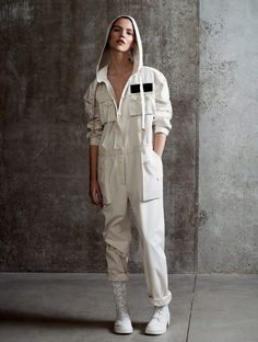 Best Sexy Jumpsuit Outfit to copy now Long Sleeve Jumpsuit Jumpsuit Outfit, Denim Jumpsuit, Summer Jumpsuit, White Jumpsuit, Fashion Week, Fashion Outfits, Womens Fashion, Fashion Bloggers, Fashion 2015