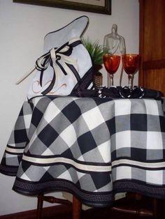 Toalha artesanal branca e preta... Um luxo!