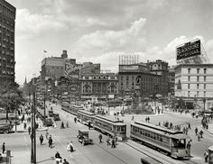 History 101 with Davinci the Detroit dog; Woodward Avenue, Detroit, Michigan, in 1917.