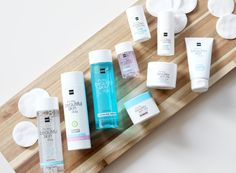Een goed verzorgde huid is een mooie huid. Bij HEMA vind je verschillende producten om je huid mee te verzorgen. Sophie legt op onze blog uit wat de verschillende producten doen.