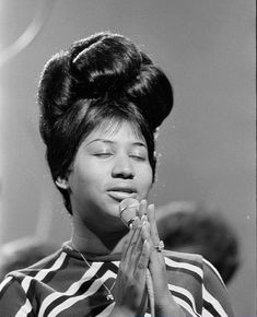 """wehadfacesthen: """"I grew up listening and dancing to Aretha Franklin and there was never a time when that amazing voice did not move me. So many memories today at the news of her death, but most of all I'm feeling extremely grateful to have lived at. Music Icon, Soul Music, Indie Music, Music Music, Detroit Michigan, Divas Pop, Jazz, The Ventures, The Blues Brothers"""