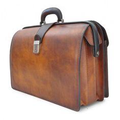 Pratesi Leonardo Doctor's bag http://www.marington.nl/pratesi-leonardo-aktetas-bruce-brown