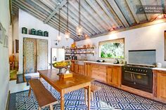 Villa Kalyana Bali in Kuta Micro Kitchen, Tropical Kitchen, Tropical Interior, Farmhouse Style Kitchen, Prefab Homes, Cuisines Design, Tropical Houses, Decoration, Room Decor