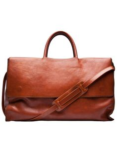 Time for a new travel bag! woooohooo! www.annjaneliving.com