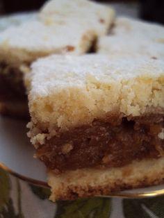 Cristina's world: Cea mai buna placinta cu mere Romanian Desserts, Romanian Food, Romanian Recipes, Vegetarian Lifestyle, Cake Cookies, Baked Goods, Sweet Tooth, Sweet Treats, Cheesecake