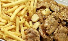 Día a día: Solomillo al Whisky (Tapeo Sevillano) Spanish Cuisine, Sin Gluten, Chorizo, Pot Roast, Tapas, Stuffed Mushrooms, Favorite Recipes, Beef, Chicken