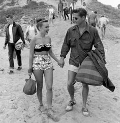 Young couple at the Balboa Beach Party, 1947