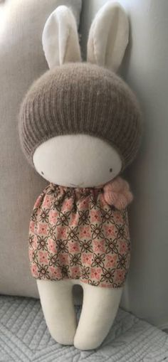 muñecas con calcetas...IVONNE ARLETTE