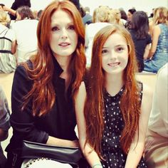 Julianne Moore & her mini-me daughter Liv at #NYFW