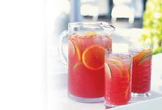 """Sal de la rutina con una gran variedad de fabulosas recetas de bebidas para cada ocasión. Encuentra una combinación de sensacionales recetas de bebidas: <a shape=""""rect"""" href=""""http://www.comidakraft.com/sp/recetas/bebidas/licuados-batidos.aspx"""">licuados y batidos</a> con frutas, cócteles, cócteles sin alcohol, <a shape=""""rect"""" href=""""http://www.comidakraft.com/sp/recetas/bebidas/bebidas-frias.aspx"""">bebidas frías</a>, <a shape=""""rect""""…"""