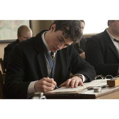 nowhere boy | Tumblr ❤ liked on Polyvore featuring pictures, boys, people, photos, pics and backgrounds