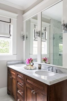 Camille Styles Home Tours - Maries Timeless Craftsman Home - Marie Flanigan Interiors - Marble and oak bathroom - Modern Bathroom Bad Inspiration, Bathroom Inspiration, Bathroom Renos, Master Bathroom, Bathroom Remodeling, Remodeling Ideas, Bathroom Ideas, Bathroom Vanities, Dark Vanity Bathroom