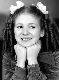 bonnie langford as Violet Elizabeth Bott Bonnie Langford, Bugsy Malone, Tv Icon, Scarlett O'hara, Kids Growing Up, Talent Show, Great Memories, My Memory, Back In The Day