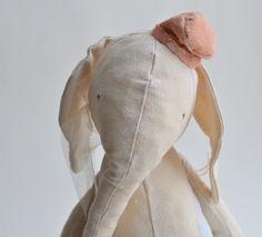 Anna Pavlovna Elephant Love, Little Elephant, Elephant Hat, Electronic Toys, Fashion Moda, Fabric Dolls, Little People, Softies, Handmade Toys