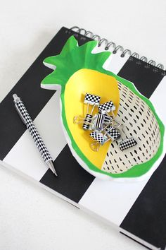DIY makeover - wooden pineapple bowl