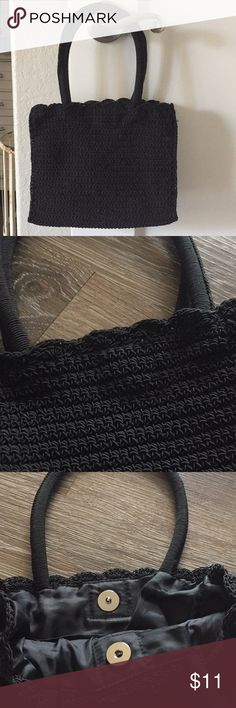 Small Knit Purse Excellent condition!! Bags Mini Bags