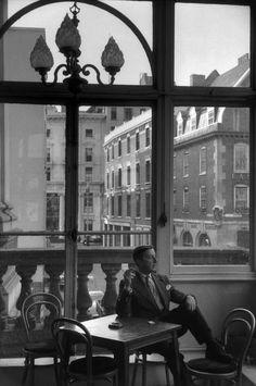 MARILYN SILVERSTONE GB. ENGLAND. London. British choregrapher Frederick William Mallandaine ASHTON. 1956.