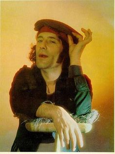He was a singer/songwriter/guitarist who was best known for fronting 'The Sensational Alex Harvey Band.' He also had his own soul band in the Cremated, Location of ashes is unknown Alex Harvey, Singer, Band, Celebrities, Sash, Celebs, Singers, Bands, Celebrity