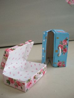 Cinderella Moments: Shabby Chic Roses Suitcases-inspiration for lunch boxes, fabric and mod podge
